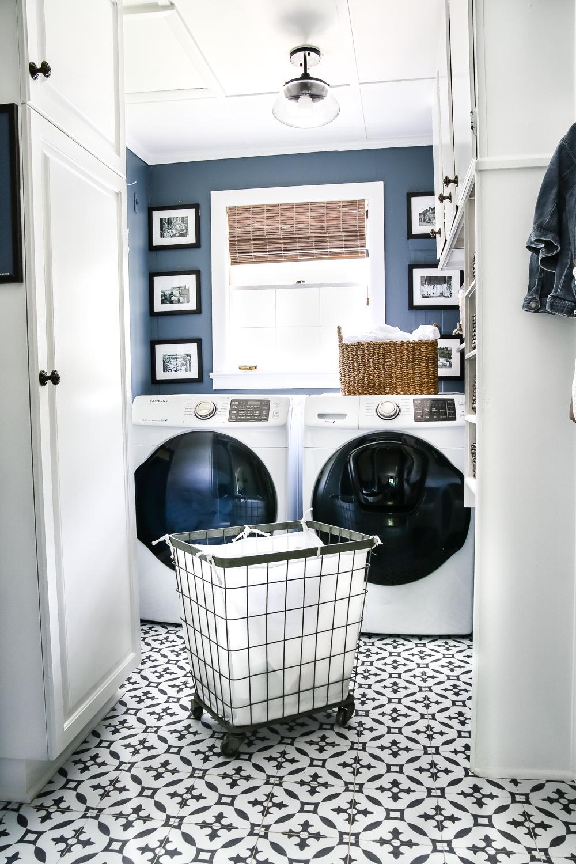 Laundry Room (18)