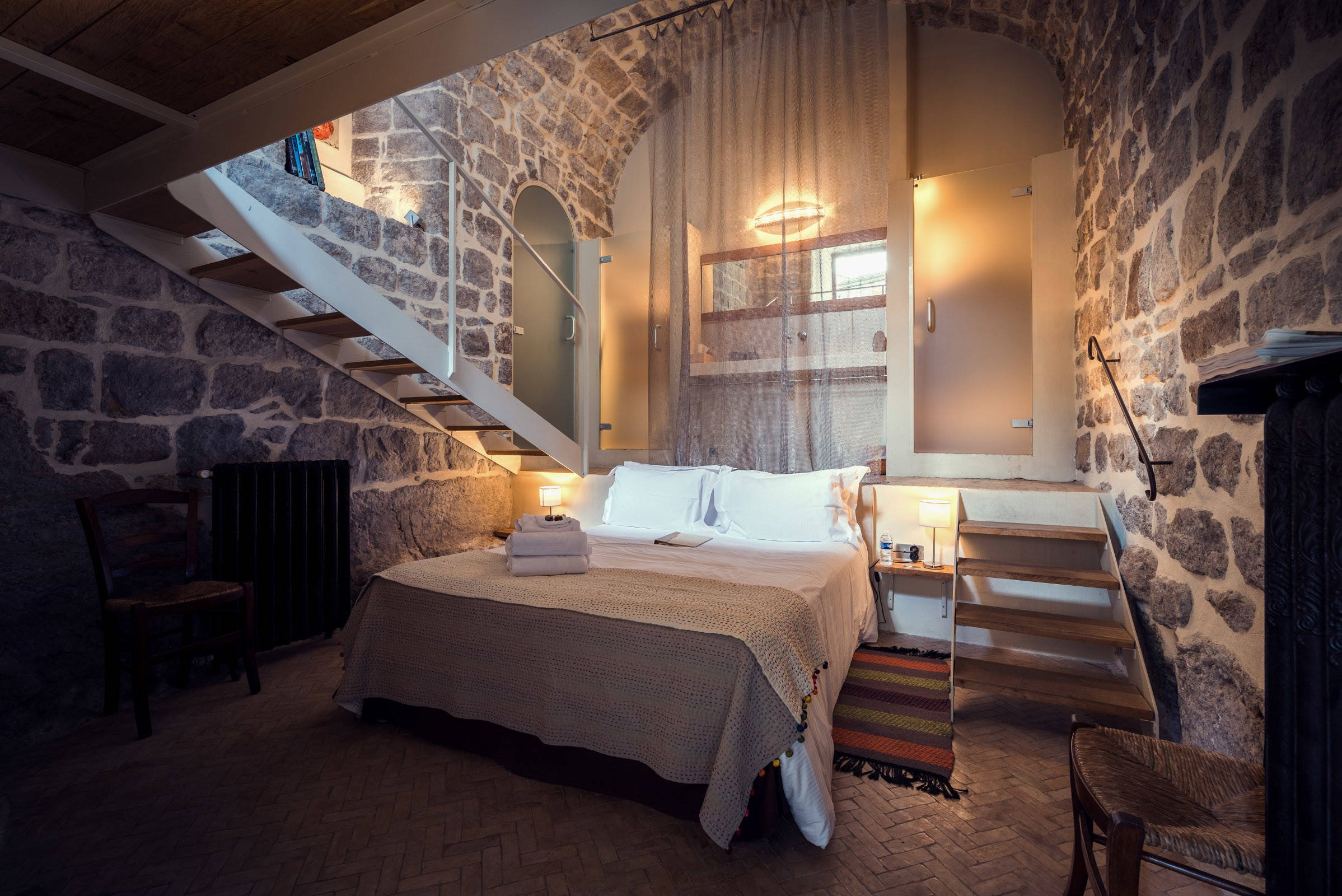 Rustic Bedroom Design Inspiration (4)
