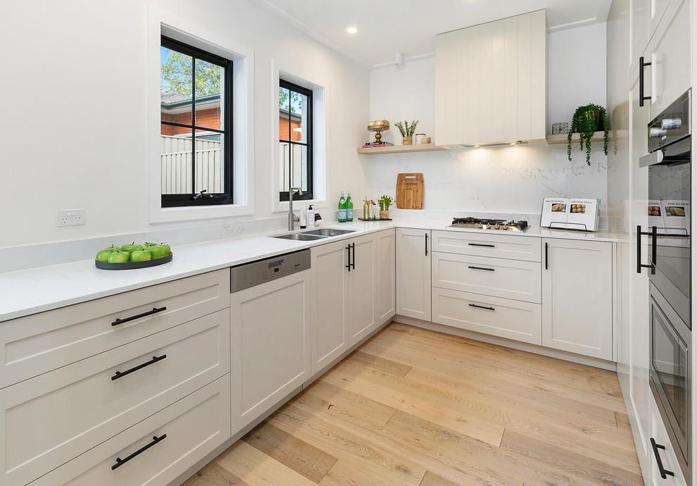 Small Kitchen Design (11)