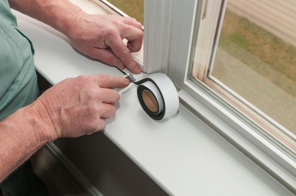 Insulate the window