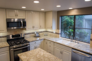 5 Tips for Painting Kitchen Cabinates