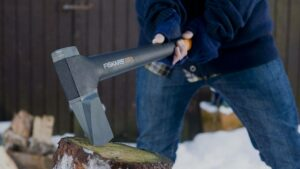 Tips for Choosing the Splitting Axe for the Right Job