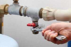 5 Common Plumbing Problems and Their Simple Solutions