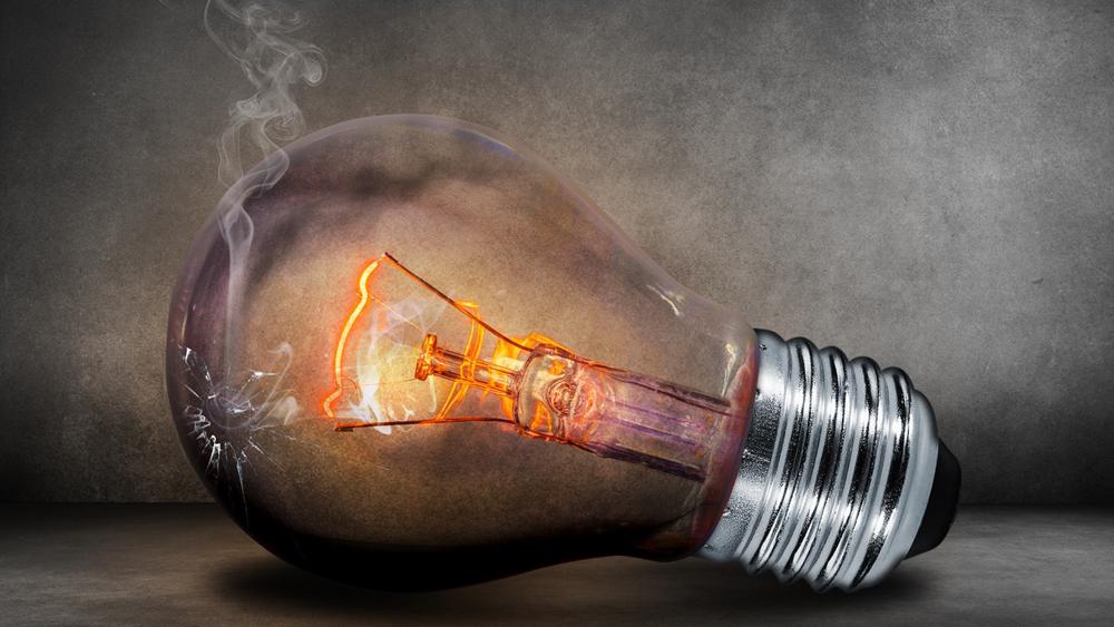 Incorrect light bulb installation