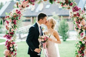 5 Property Maintenance Tips for Having Your Wedding at Home