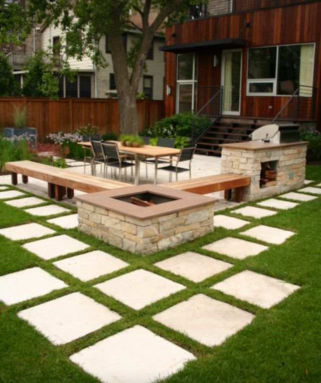 Arrangements With Garden Paver