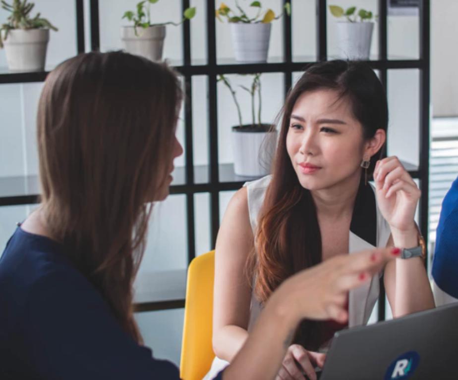 Develop Good Communication Skills