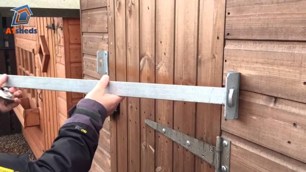 Lock sheds securely