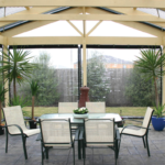 10 Tips for Picking the Right Outdoor Cafe Blinds