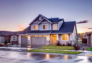 Shingle Shopping? Pros and Cons of Asphalt Roof Shingles You Need to Know