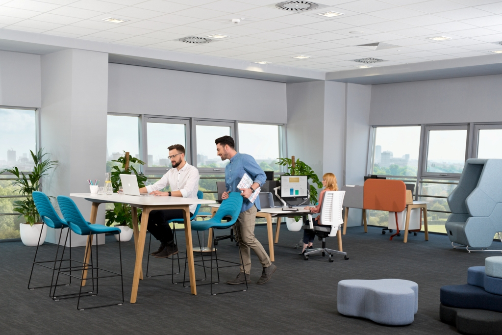 Get a Well-furbished, Ergonomic Office