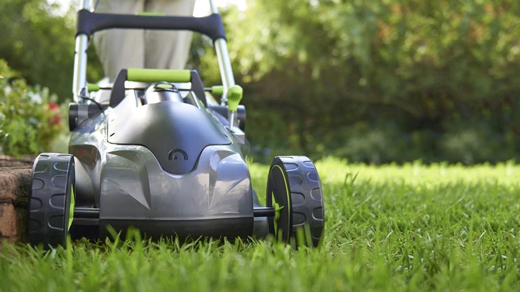 Solar-powered lawn mower