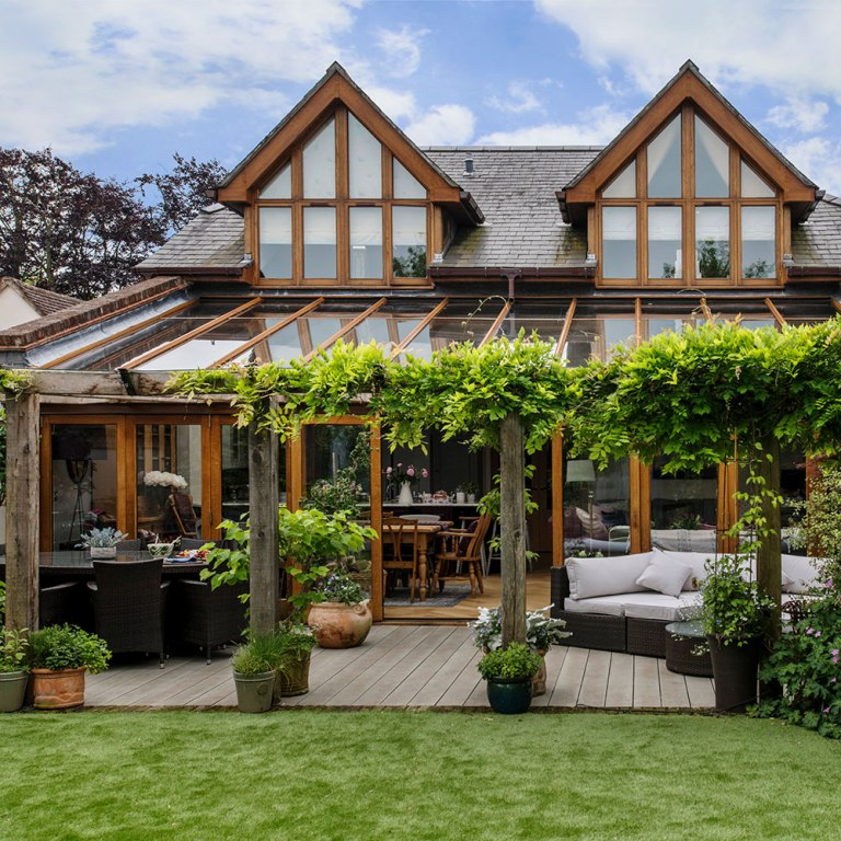Connect The Indoors With The Outdoors