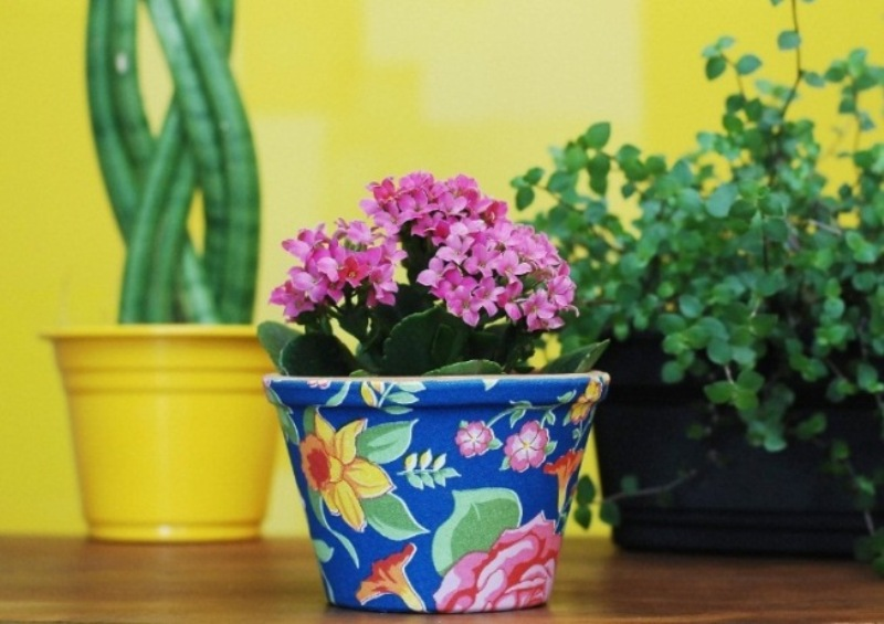 Decorate the flower pots