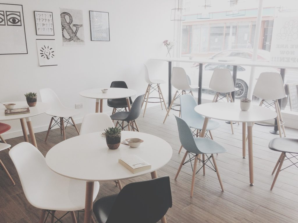 Ways To Choose The Perfect Second-Hand Furniture For Your Offices