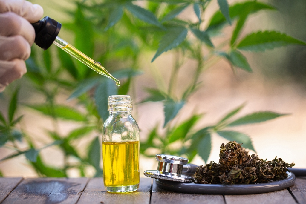 What are the benefits of using CBD oil to improve one's health