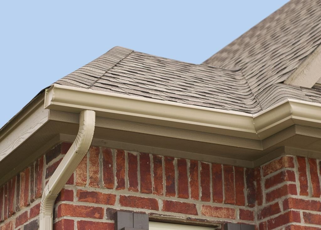Warning Signs that your Guttering needs Attention