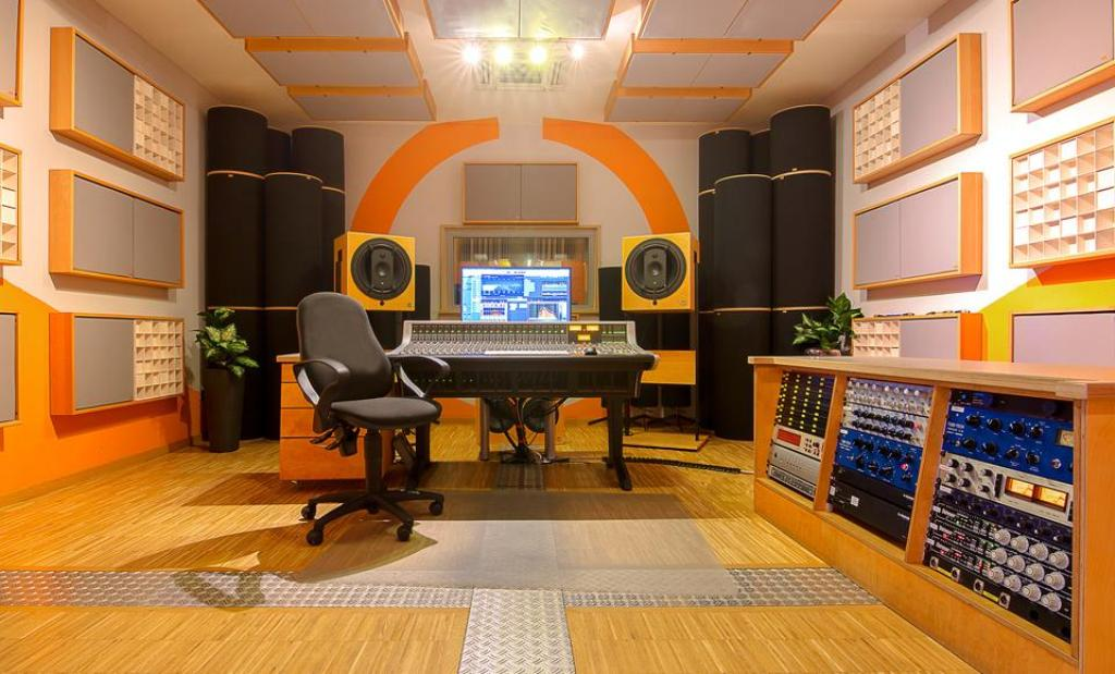 Benefits of the Two Aspects of Acoustics to a Studio