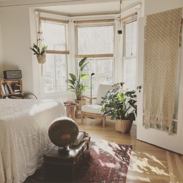 Put flowers in your bedroom