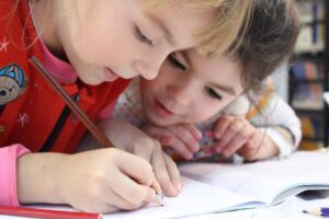 How to Determine School District Suitability When Buying a Home