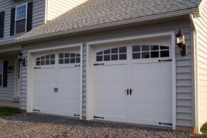 Why You Should Only Consult Experts for Garage Door Repairs