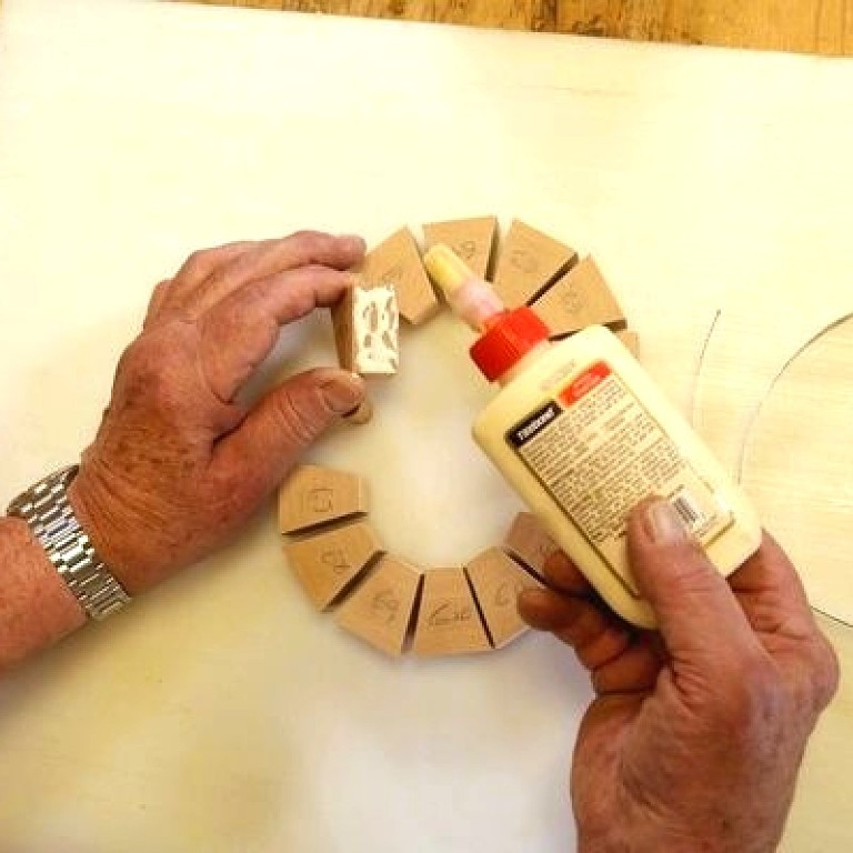 How to glue and fix wood with epoxy wood glue