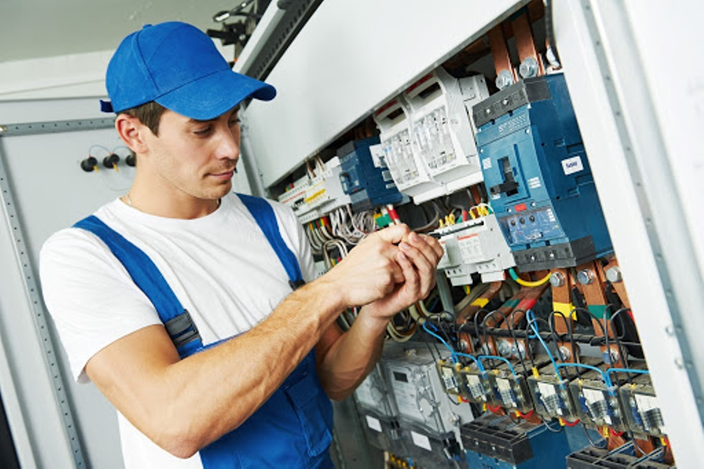 Call a Commercial Electrician