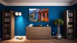 Tips on Decluttering Your Walls in 2020