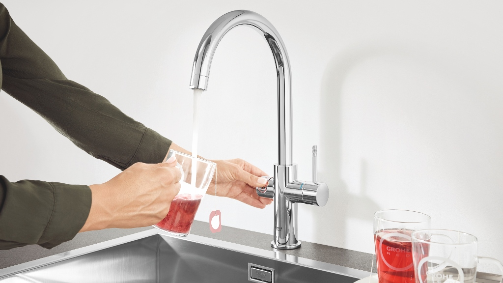 The Pros of the Instant Hot Water Tap