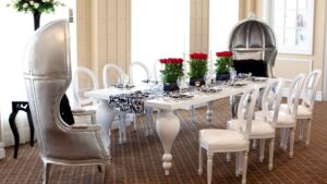 5 Benefits of Renting Versus Buying Furniture For Events
