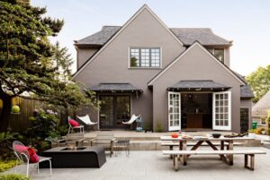 How To Deep Clean The Exteriors Of Your Home