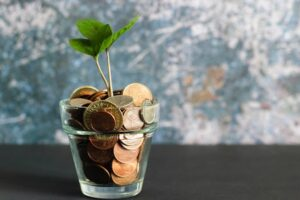 9 Ways to Cut Down Your Household Expenditure