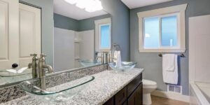 Best Tips to Save Money While Remodeling Your Old Bathroom