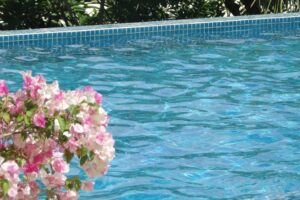 How to Know if Your Pool is Leaking
