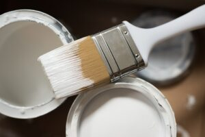 House Painting: Should You Hire a Pro or Do-it-yourself?