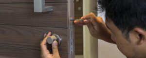 5 Important Reasons to Hire the Professional Locksmith Services