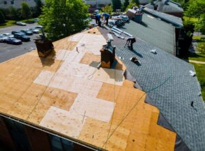 Guide for Choosing the Right Material for your Roof Replacement