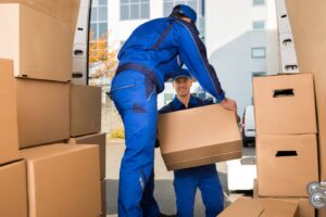 Another Moving Consideration: Should You Hire Long-Distance Movers or DIY?