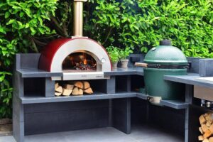 What to Consider Before Buying a Wood-Fired Oven
