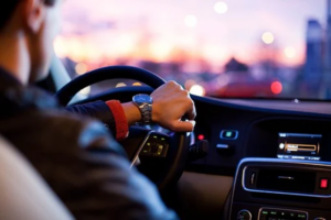 Here Is Why You Shouldn't Drive If You Can't Concentrate
