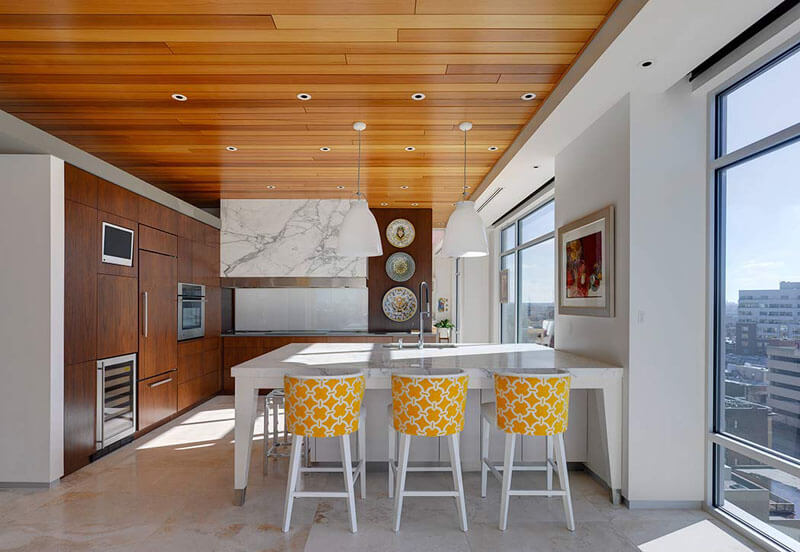 Wooden ceilings that blend harmoniously into the interior